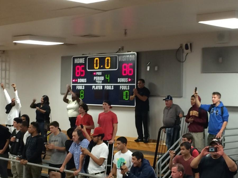 Varsity+Boys+Basketball+defeats+Tempe+High+86-85