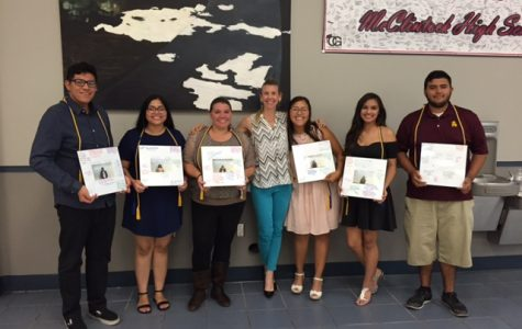 AVID celebrates seniors at end-of-year banquet
