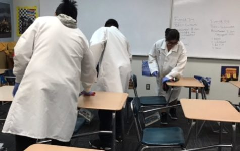 HOSA, Key Club unite to keep campus clean