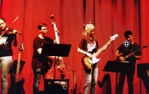 Orchestra concert plays top songs