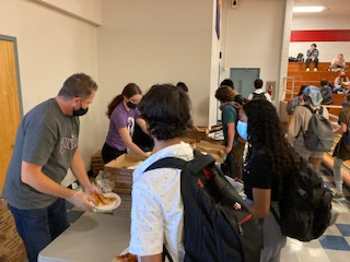 PPA kicks off year with a pizza party
